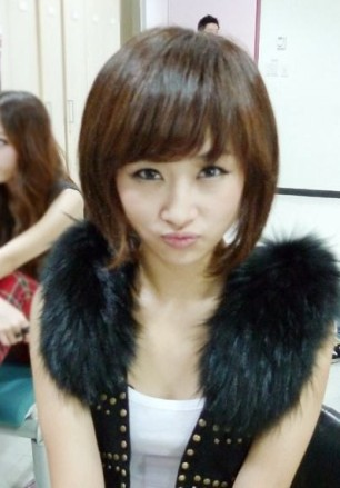 Nicole Jung KARA cute pretty short hair 2011