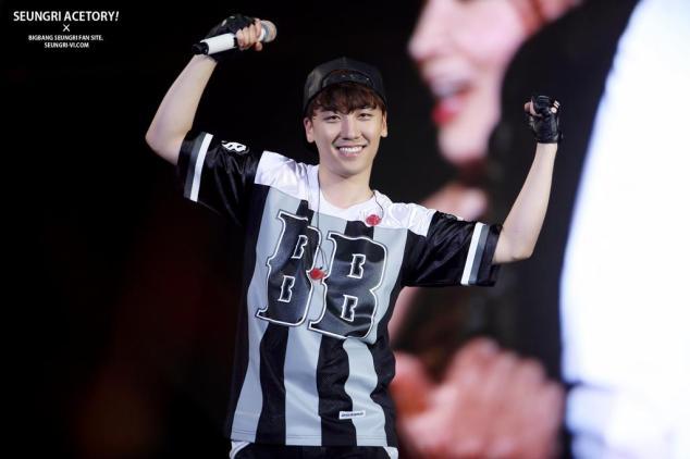 seungri_yg_family_concert_140815-9