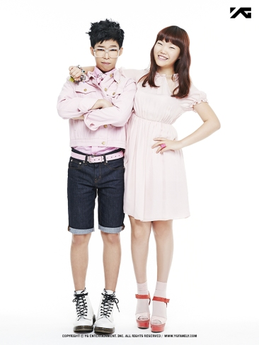 gallery_akdong_2013_profile_03